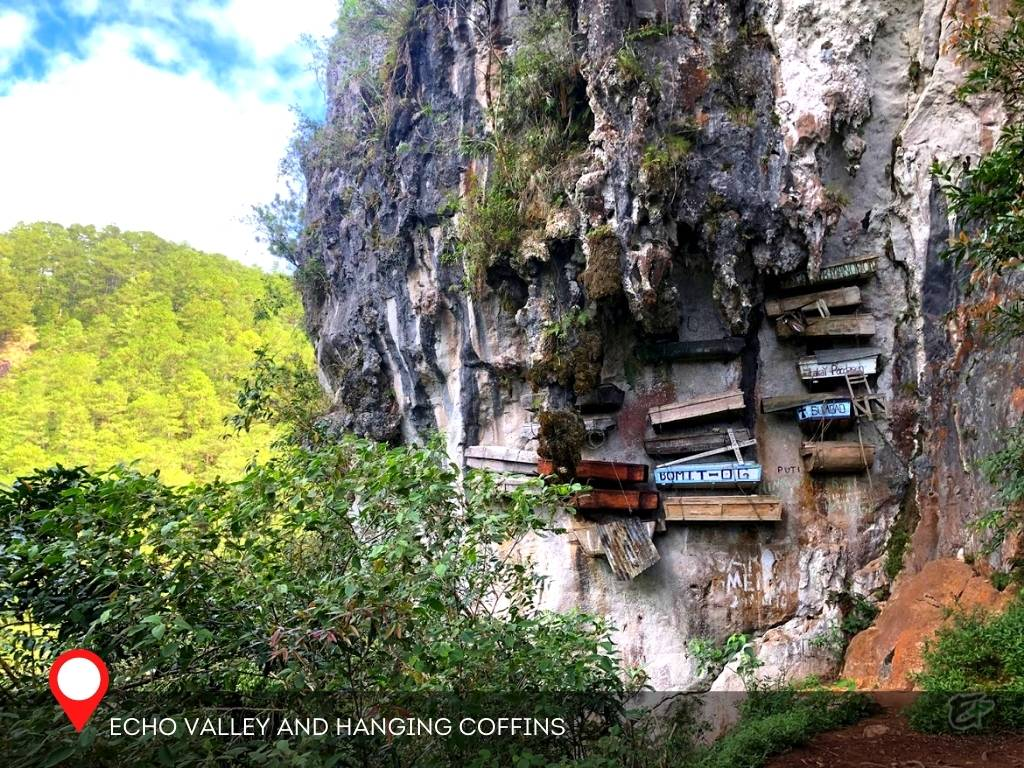 Echo Valley and Hanging Coffins