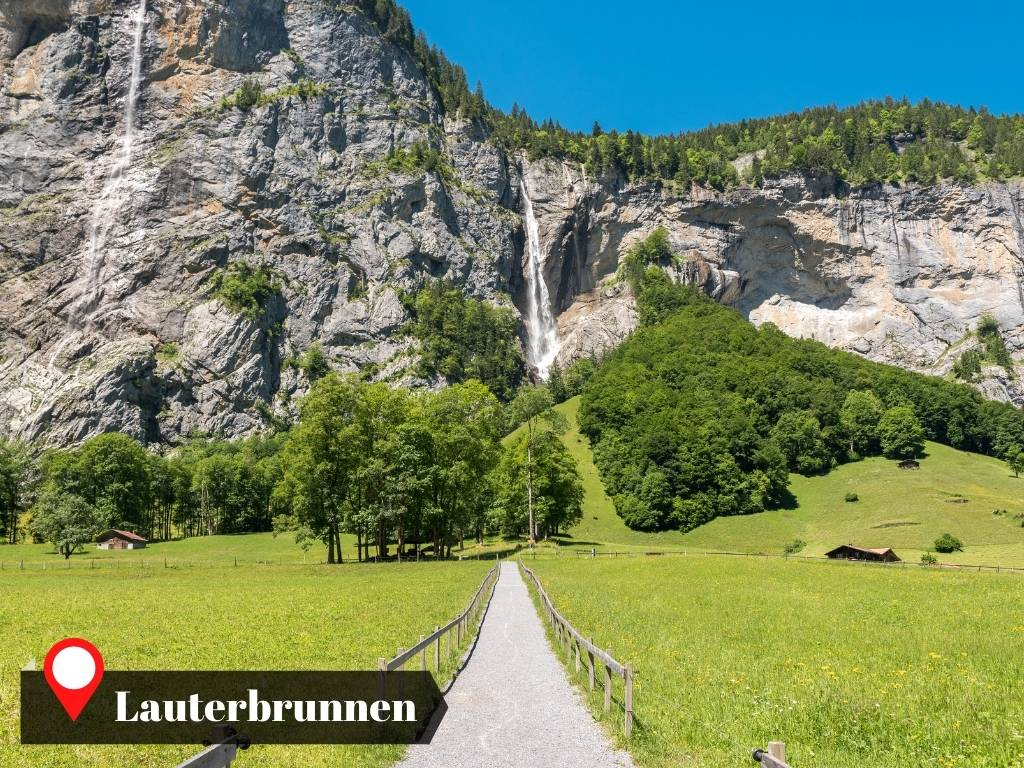 View in the hiking trail between Lauterbrunnen and Stechelberg, Switzerland